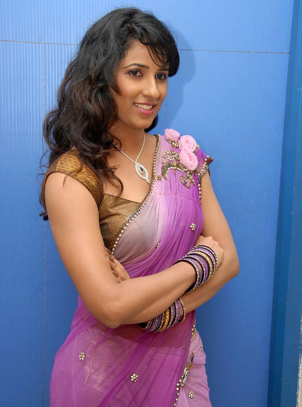 Shravya Reddy atest Saree Pics at NRI Audio Release ...