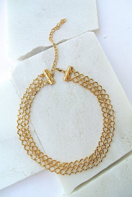 gold necklace great