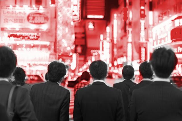 Trabajar como chinos o japoneses?