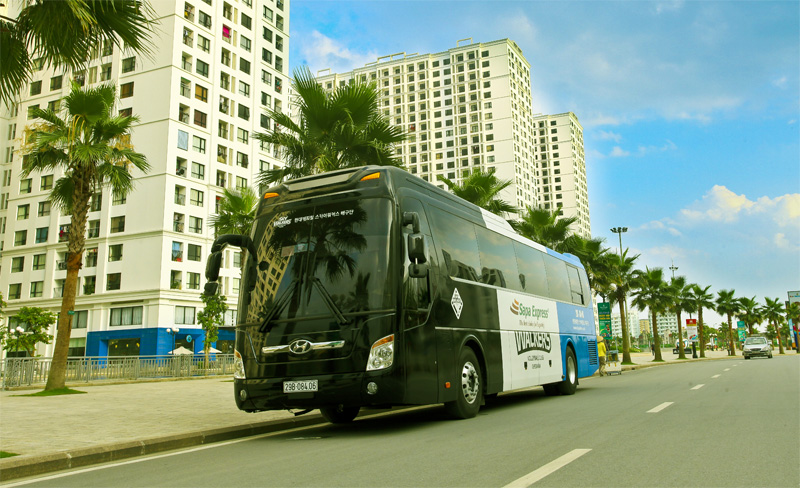 Buses and transport from Hanoi to Halong city