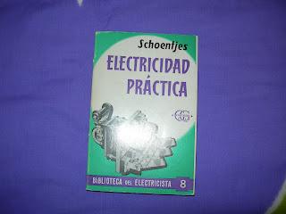 ¡ME LO QUITAN DE LAS MAAANOS!: 25212. Libro electricidad