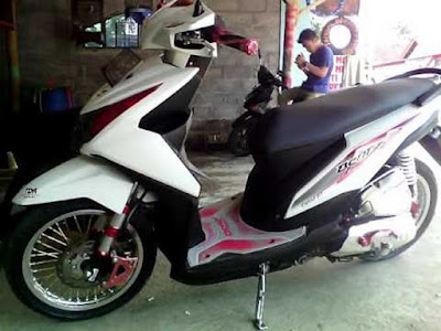 Modif Honda Beat FI Putih Merah Simple Elegant