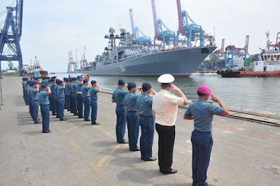 Kapal Perang Rusia di Tanjung Priok