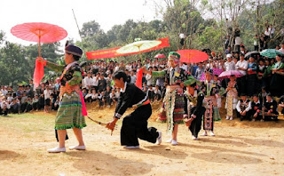 Dance festival of the Red Dao 2