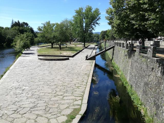 Zona pedonal Rio Vez