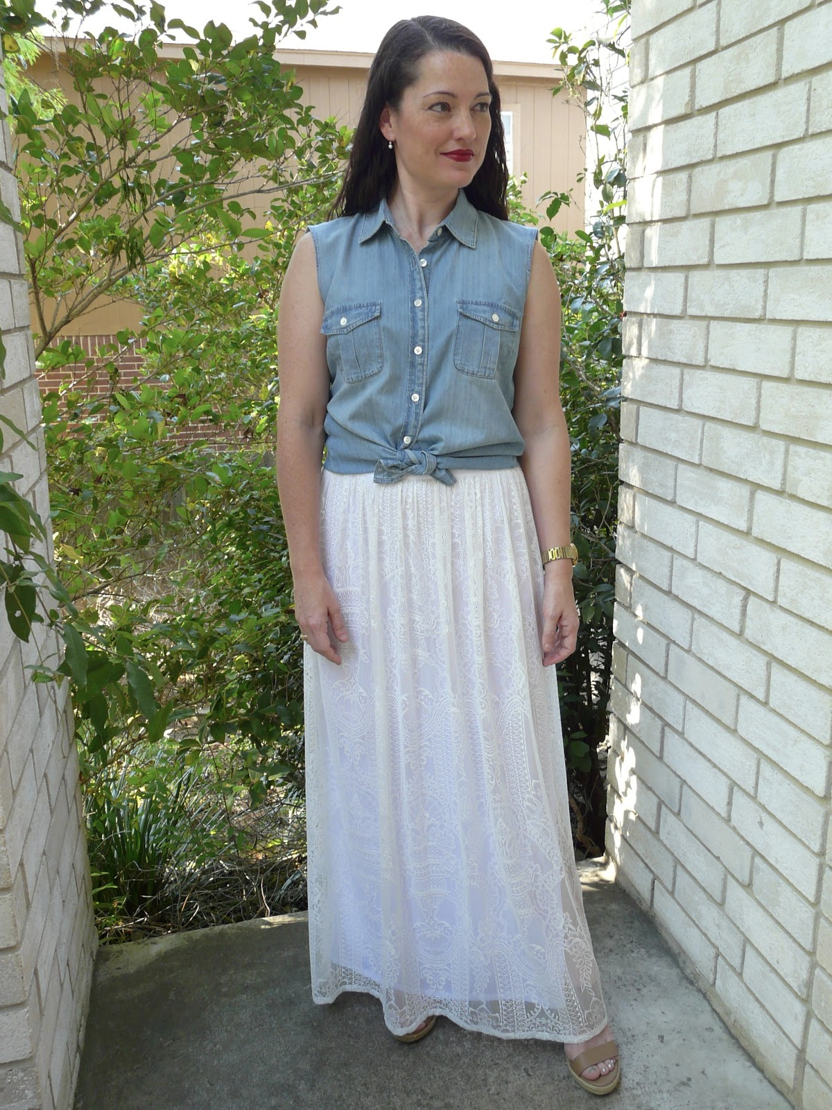 picture of white lace maxi skirt
