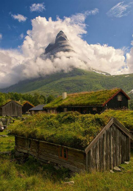 The traditional mountain farm of Renndolsetra in Norway