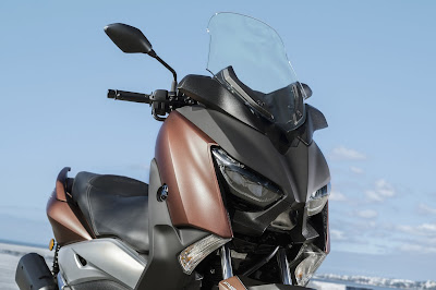 New 2017 Yamaha X-Max 300 coffee color