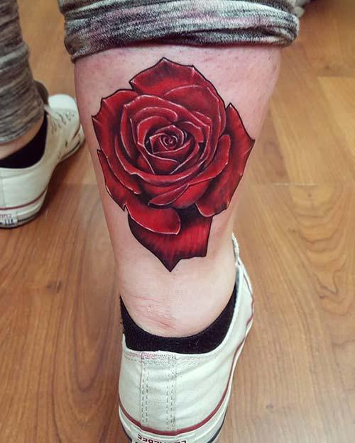 man calf red rose tattoo erkek baldır kırmızı gül dövmesi