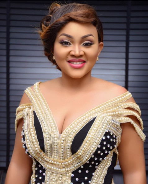 You Threw Away A Precious Gem, Mercy Aigbe's Fan Tell's Her Hubby Lanre Gentry