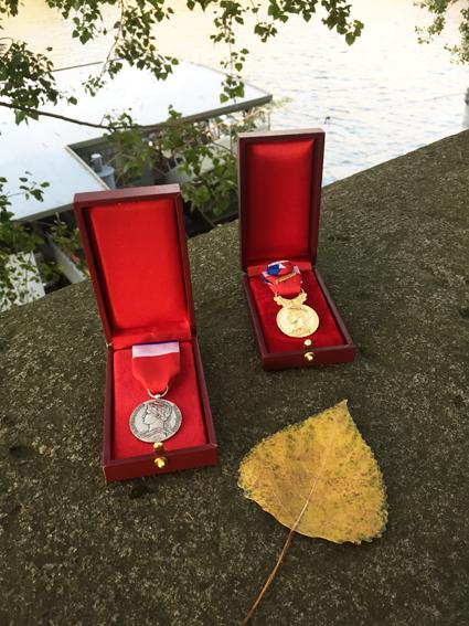 Medailles D Honneur Du Travail Achat Vente Gravure Urgente