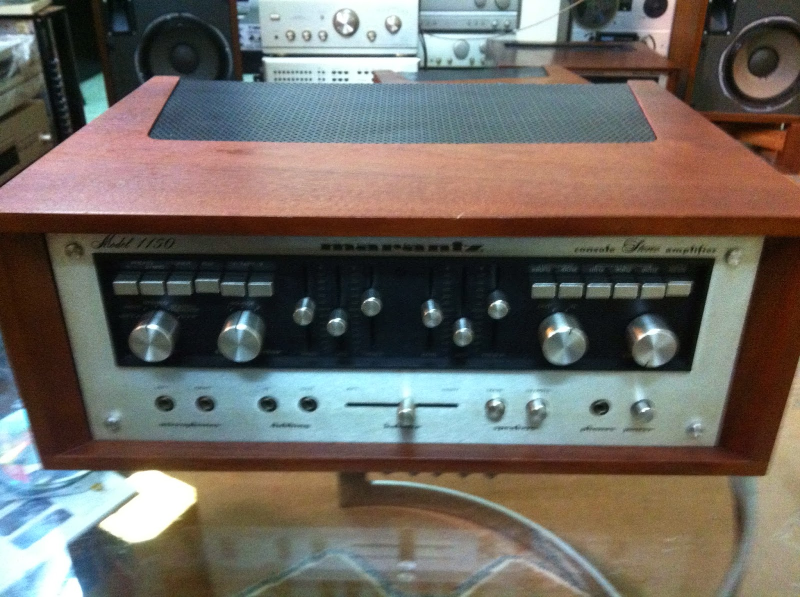 Amply Marantz 1150 - Made in Japan