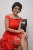 Yamini bhaskar new glam pics-thumbnail-12