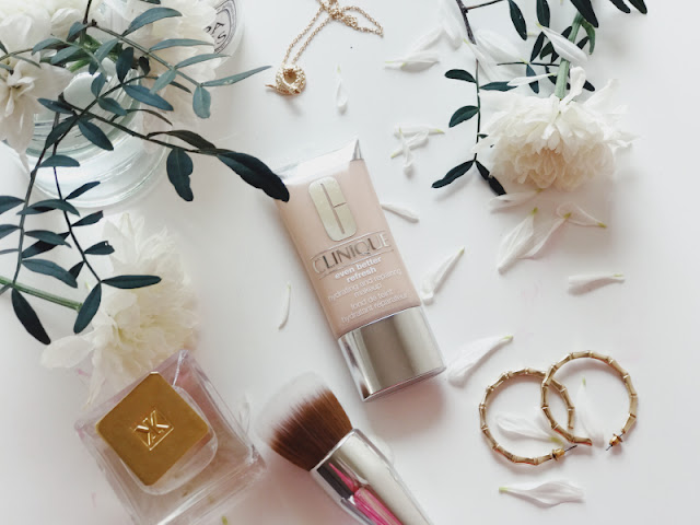 Clinique Even Better Refresh Hydrating Repairing Makeup