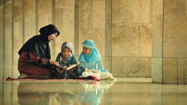 Amalan & Ibadah Utama Bulan Ramadhan yang Sangat Ditekankan