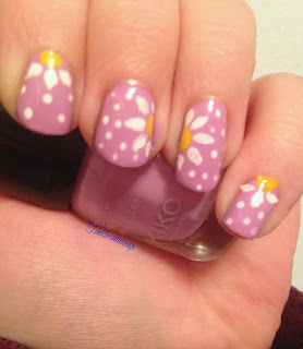 a_year_with_nail_art_april