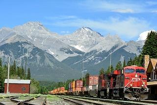 ロッキー山脈(カナダ)