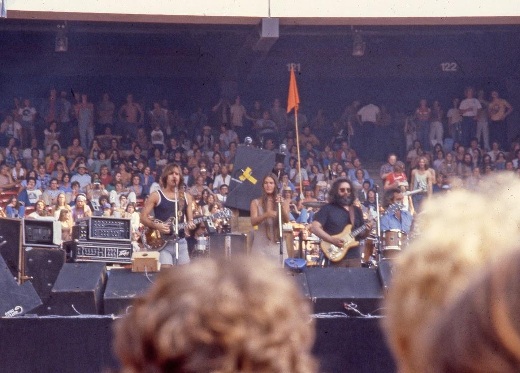 Grateful Dead Live at Giants Stadium, 1978 ~ vintage everyday