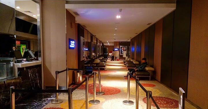 Beyond the Traveling: Cinemaxx Lippo Plaza Jogja
