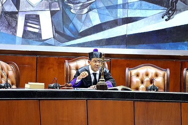 Juez recesa medida de coerción en caso por sobornos de Odebrecht
