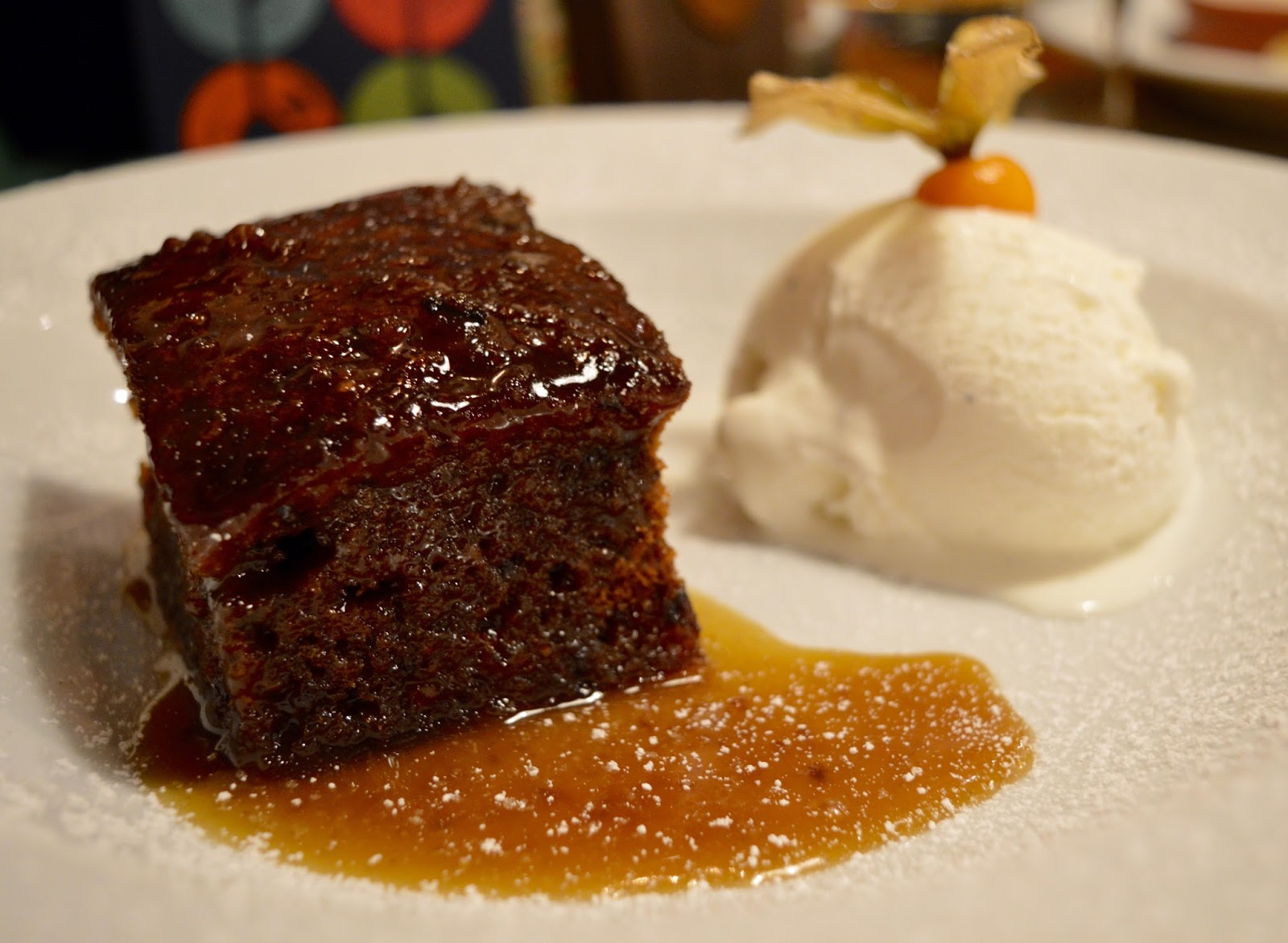 The Kingslodge Inn, Durham | A Review - A lovely budget hotel near the train station and city centre - homemade sticky toffee pudding