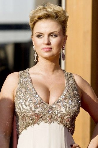 Anna-Semenovich-Russian-model-picture