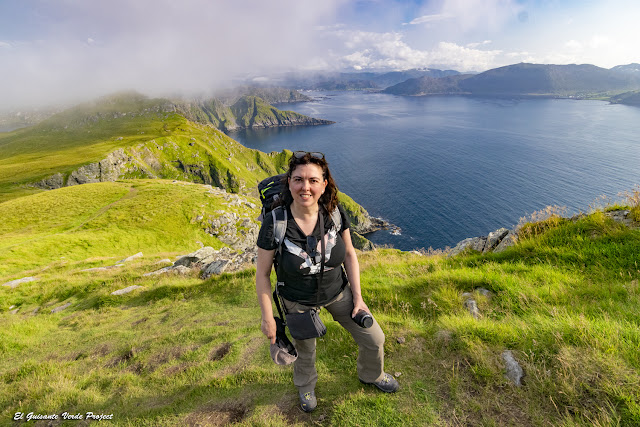 Acantilados de la Isla de Runde - Noruega por el Guisante Verde Project