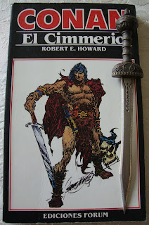 Portada del libro Conan el cimmerio, de Robert E. Howard, L. Sprague de Camp y Lin Carter
