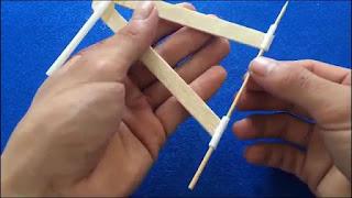 Cara membuat mobil mainan dari tutp botol