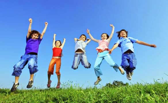 لعب الأطفال تحت أشعة الشمس ضرورة ملحة !!