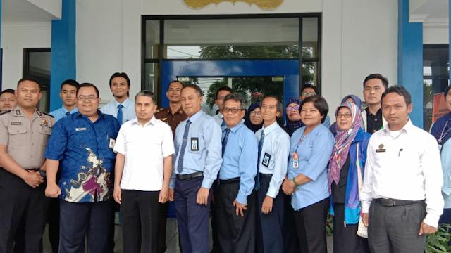 Tim Penilai Zona Integritas KemenPAN ke KPPN Liwa