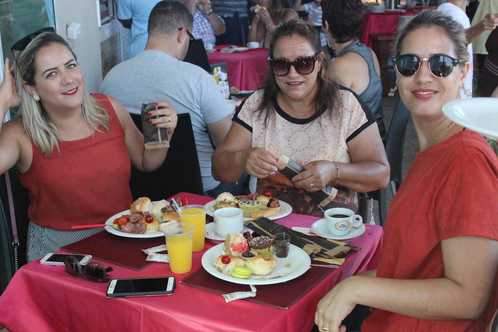IMG 3615 - Dia 12 de maio dia das Mães no Jardins Mangueiral foi com muta diverção e alegria com um lindo café da manha