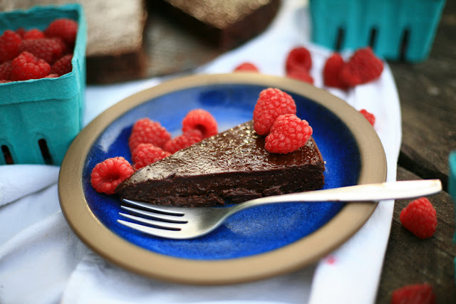 Do You Need To Refrigerate A Flourless Chocolate Cake
