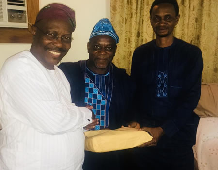 Tinubu Showers Family Of Late 'Baba Sala' With Cash