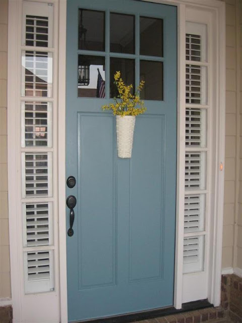 Magnolia Bend Drive A Blue Door And A Kitchen Window Box