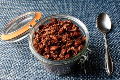 Chocolate Granola – Take That, Count Chocula!