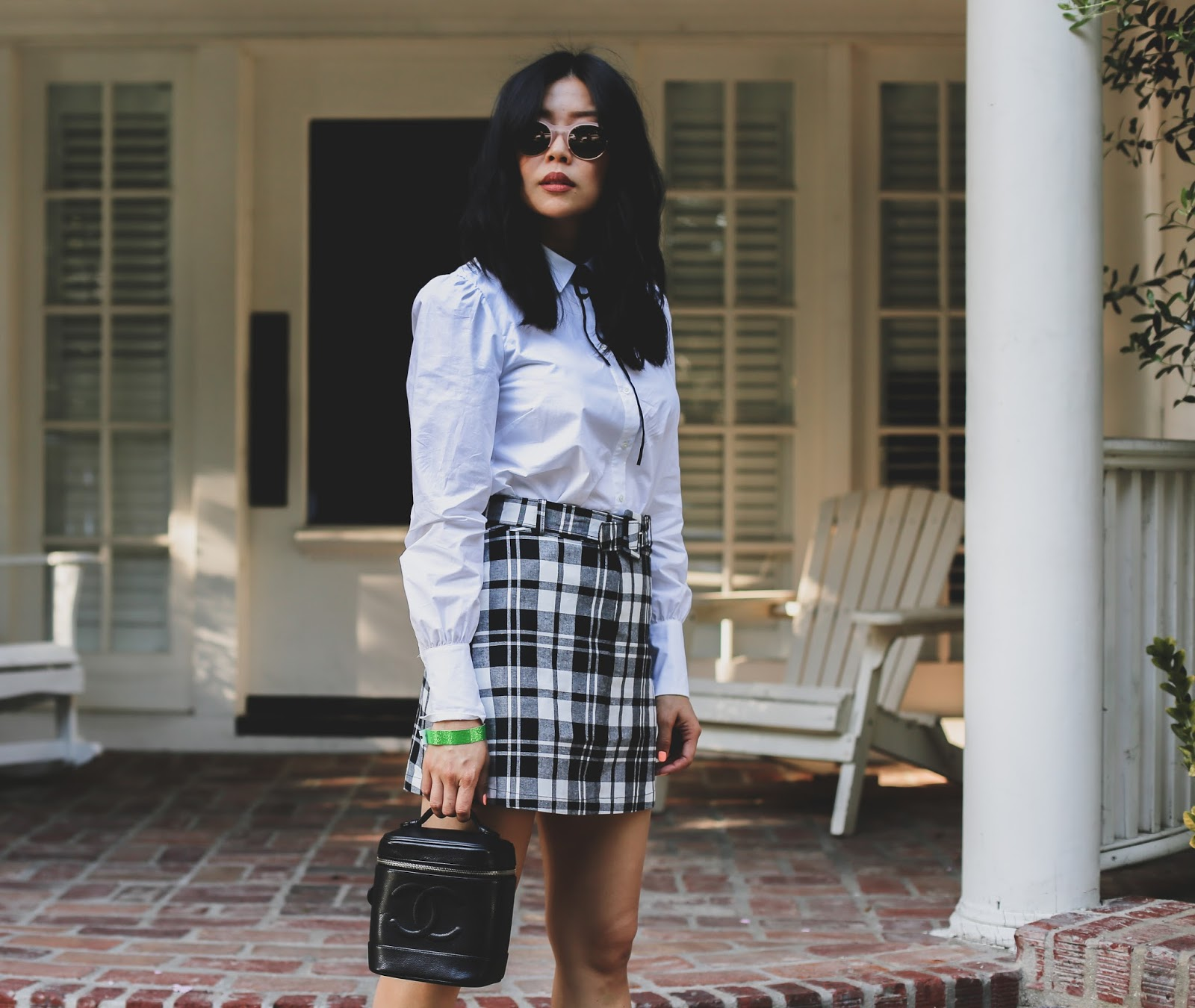 plaid skirt chic outfit idea