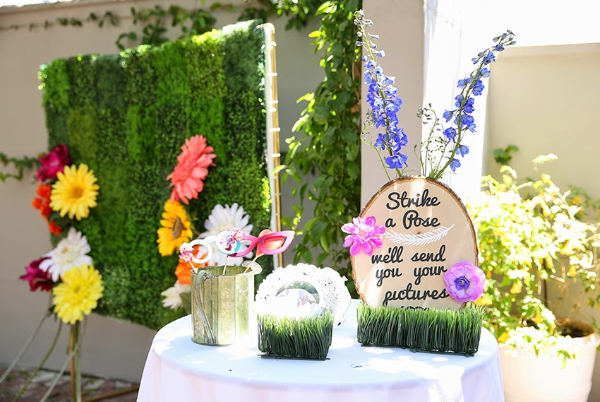 Flower Themed Booth Gardening Flower And Vegetables
