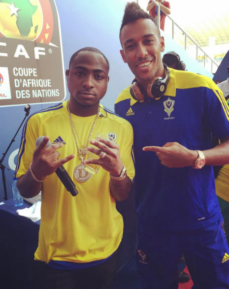 Davido hangs out with Gabon president and other stars at AFCON 2017