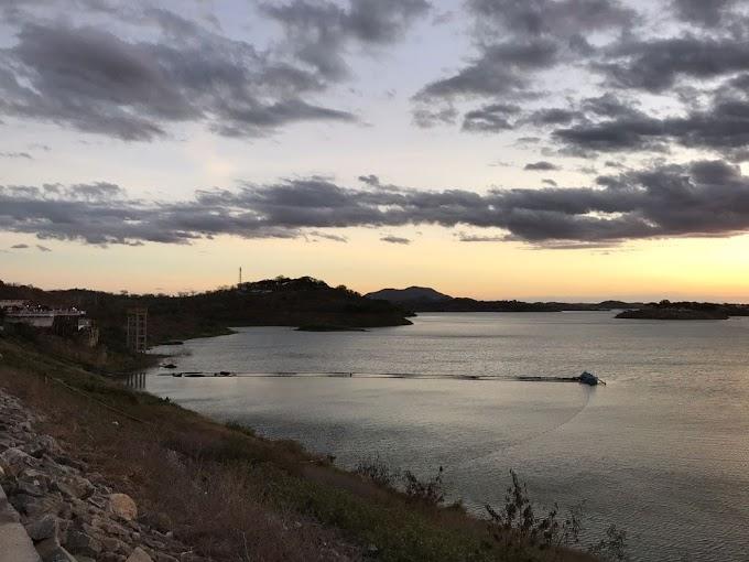 ÁGUA: Volume do Açude de Boqueirão aumenta 3 cm após cheia no Rio Taperoá, no Cariri da PB.