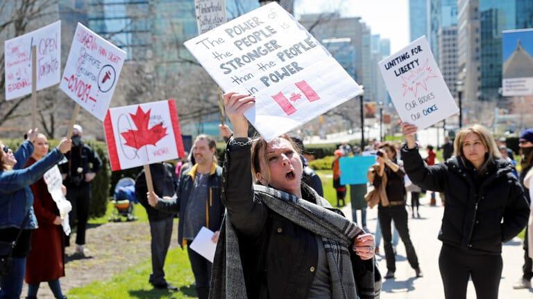 كندا-تسجل-انخفاضا-ملموسا-للوفيات-اليومية-بفيروس-كورونا