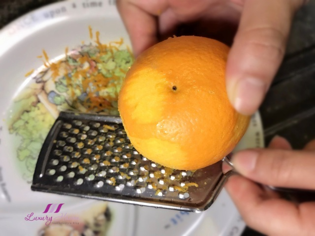 mid autumn festival grating orange for snowskin mooncakes
