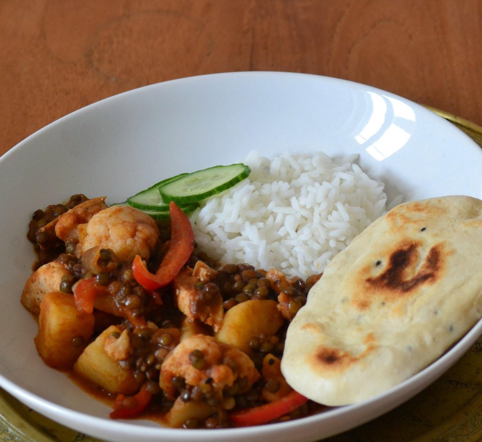 Indiase curry met linzen en bloemkool