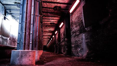 Urban Tunnel desktop
