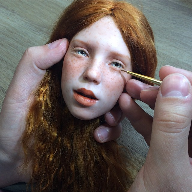 04-Michael-Zajkov-Reduced-in-Size Realistic-Doll-Sculptures-www-designstack-co