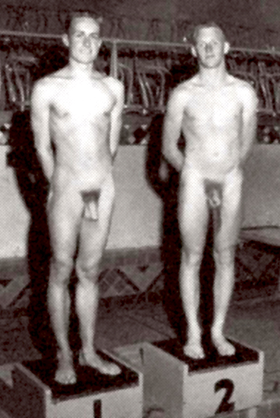 Male Teens Diving Nude 28