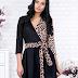 Rochie neagra eleganta scurta in clos cu modele animal print de ocazii
