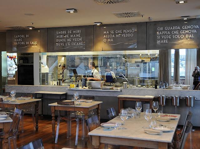 Armadillo bar vino cibo e musica la cucina estetica di for Cucina arredi genova