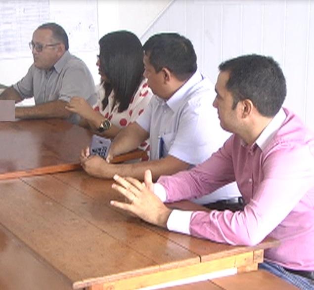 ITAITUBA/PA: O SETOR DE HABITAÇÃO DO MUNICÍPIO SE REUNIU COM REPRESENTANTES DA CAIXA ECONÔMICA FEDERAL E EMPRESA RESECOM