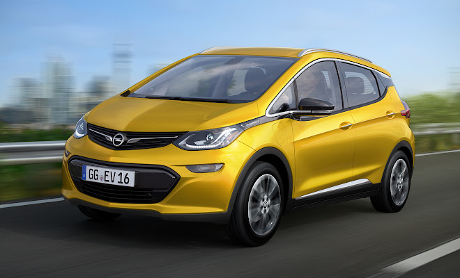 Opel Ampera-e from the front